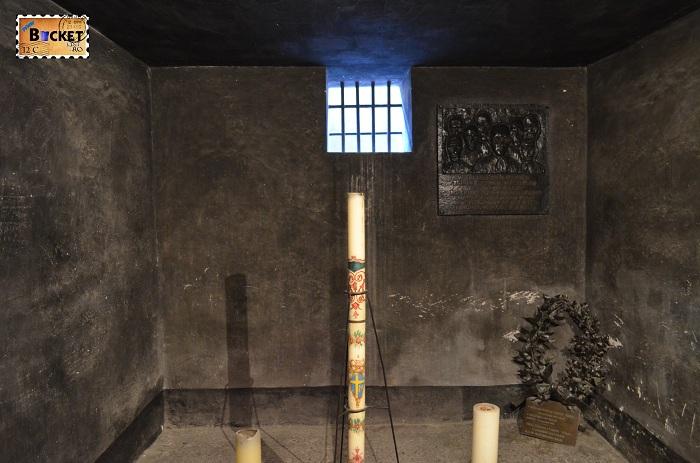 Lagărul Auschwitz I - barca nr 11 The death block - celula lui Maximilian Kolbe