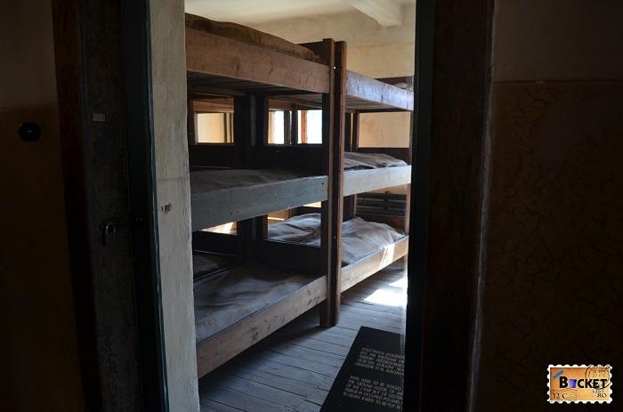 Lagărul Auschwitz I - barca nr 11 The death block - celula