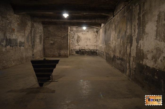 Lagărul Auschwitz I  - camera de gazare