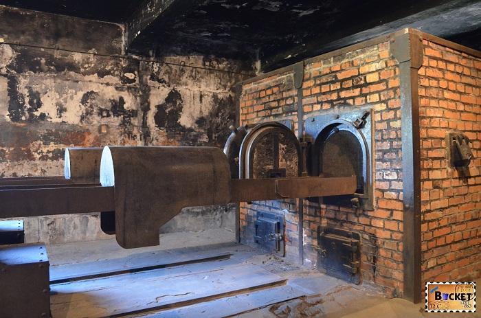 Lagărul Auschwitz I - crematoriu (1)