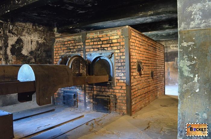 Lagărul Auschwitz I - crematoriu (3)