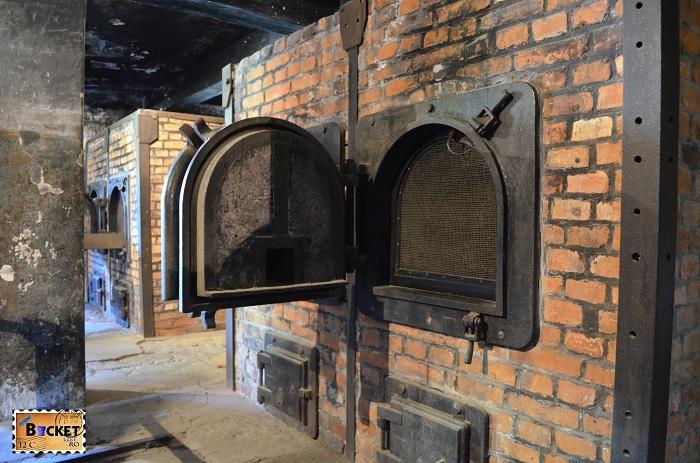 Lagărul Auschwitz I crematoriu
