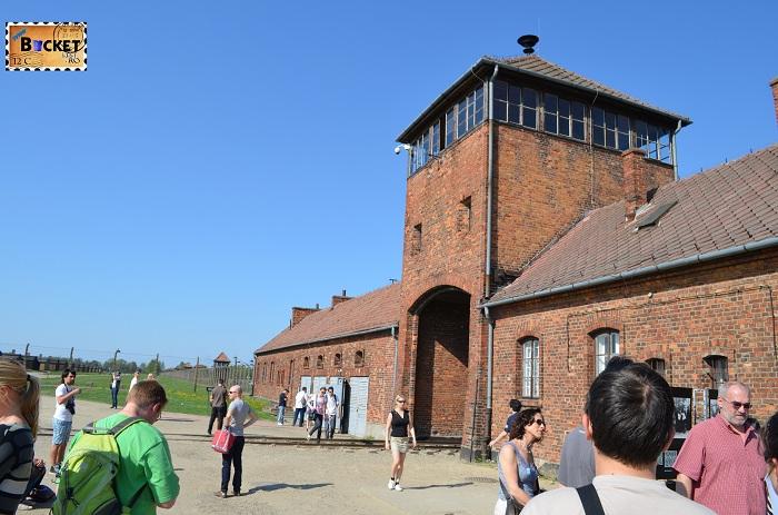 Poarta Morții - Lagărul de concentrare Auschwitz II - Birkenau