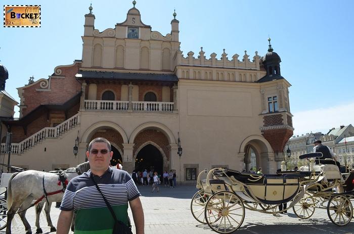 Sukiennice - Hala Postăvarilor din Cracovia