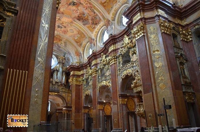 Interior biserică Melk
