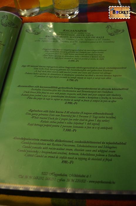 Unde să mănânci în drum spre Viena - Meniu şi in limba română la Paprika Csarda