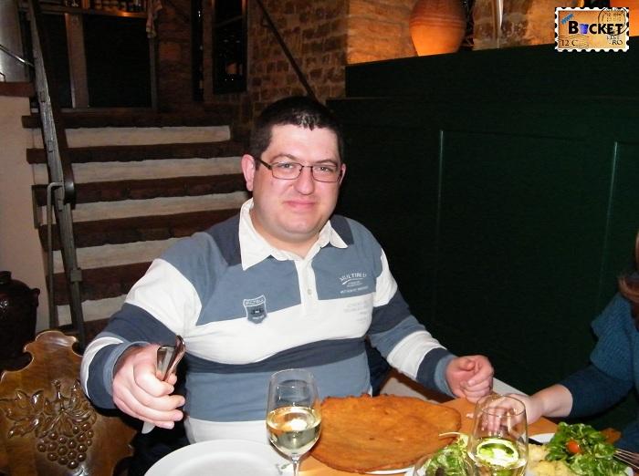 şniţel în Viena la restaurantul Figlmüller