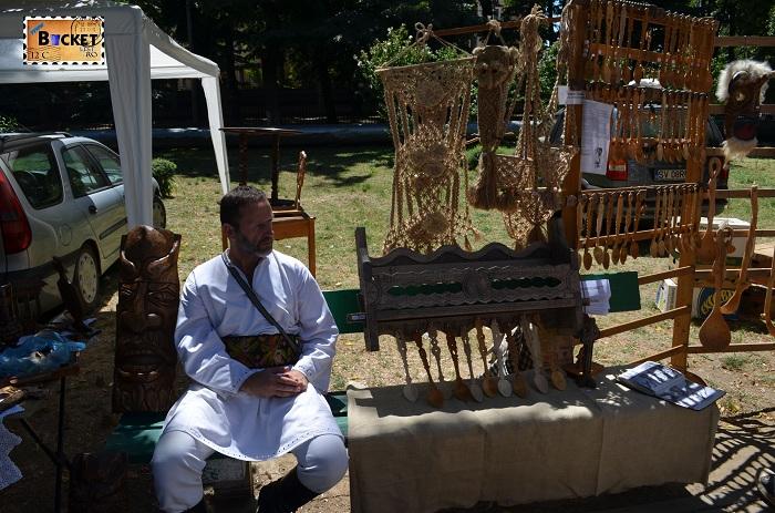 Expozant la Târgul Meşterilor Populari din Oradea