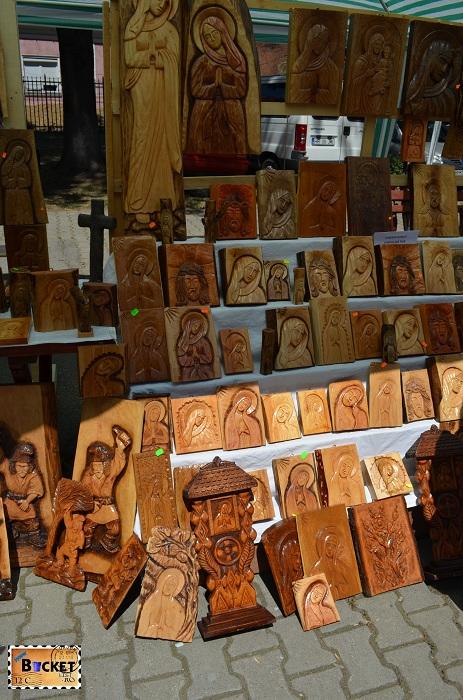 icoane sculptate pe lemn