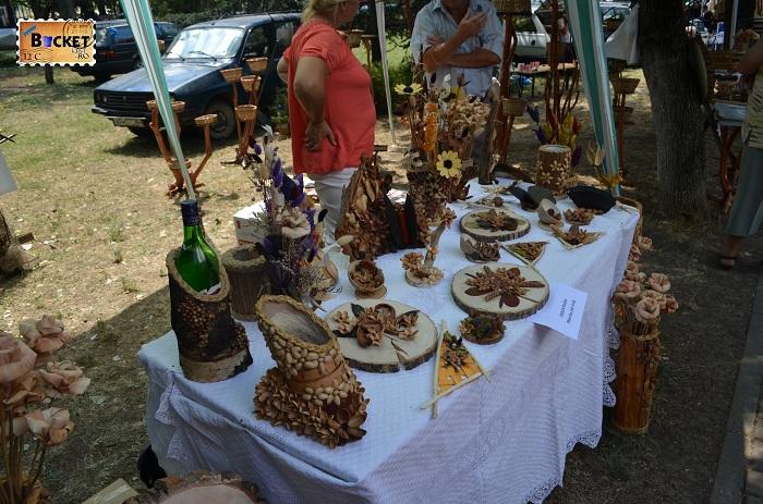 Obiecte de artizanat realizate din coaja de seminte