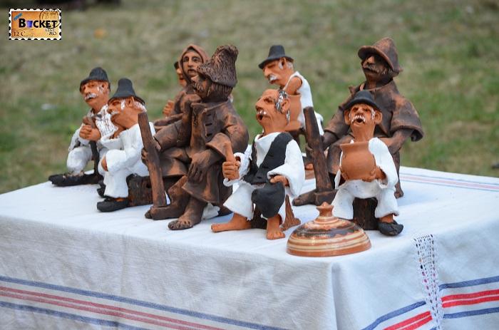 obiecte si figurine din lut