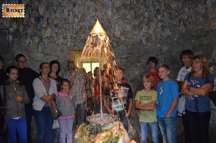 Hellbrunn  grota coroanei