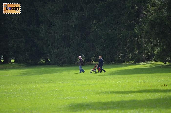 plimbare prin parcul Hellbrunn