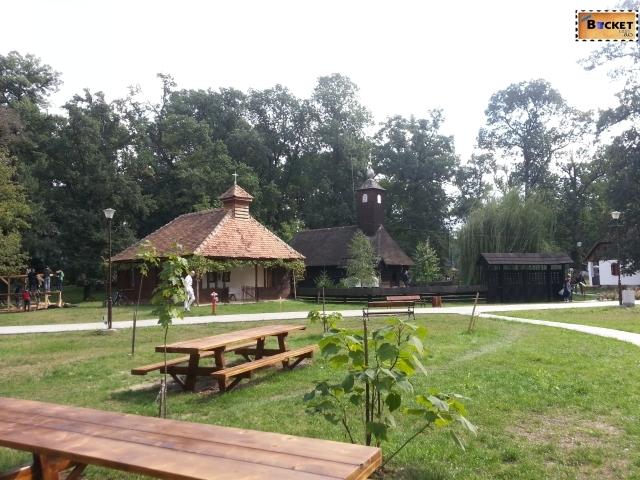Targul Mesterilor Populari - Muzeul Satului Bănăţean Timişoara 035