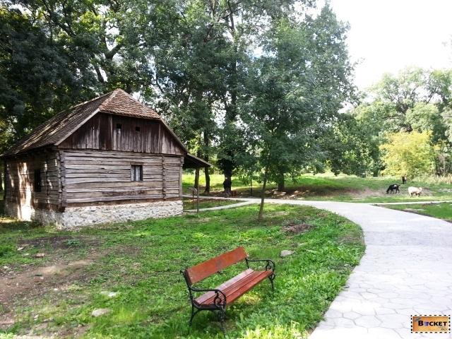 Targul Mesterilor Populari - Muzeul Satului Bănăţean Timişoara 042
