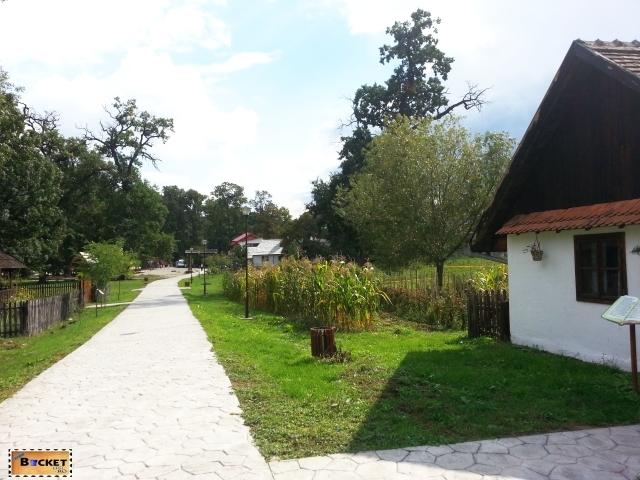 Targul Mesterilor Populari - Muzeul Satului Bănăţean Timişoara 043