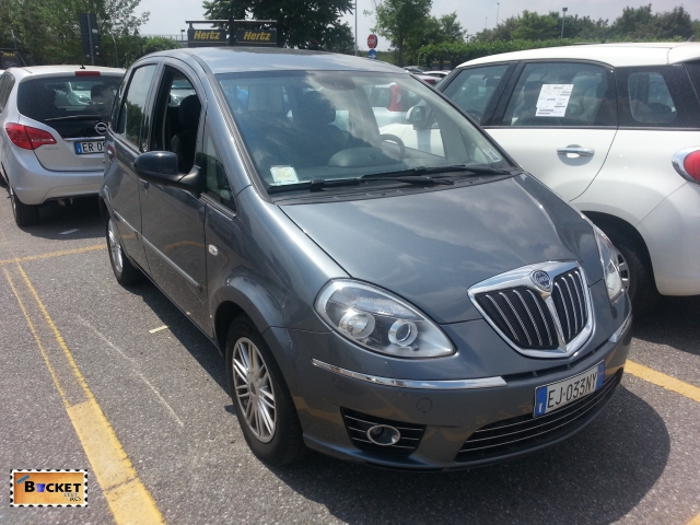 Italia - închiriat maşini