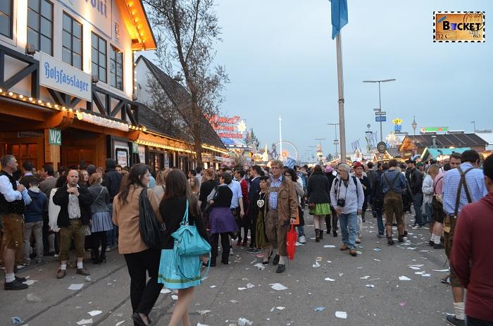 Mizerie la Oktoberfest Munchen 2013