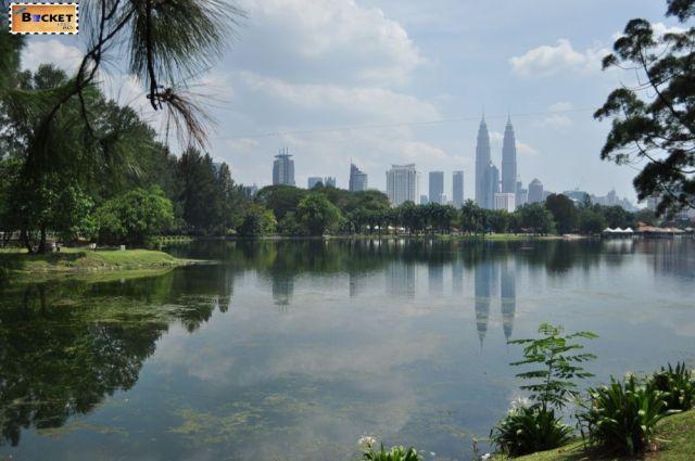 Turnurile Petronas - reflexii