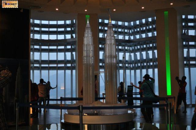 Turnurile Petronas Macheta