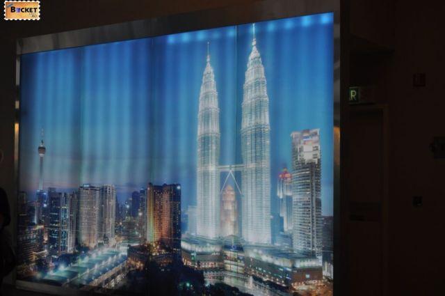 Turnurile Petronas Proiectie