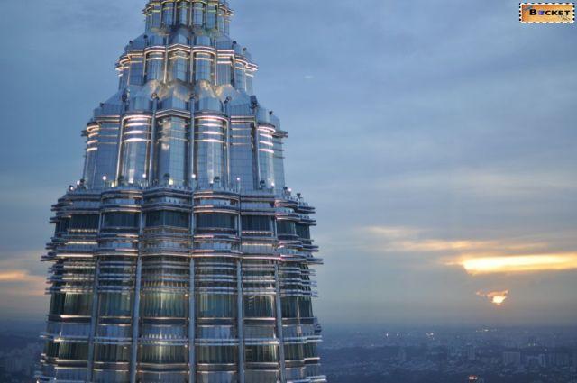 Petronas 47