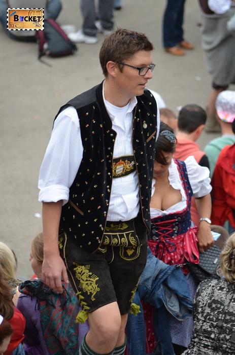 tinuta la oktoberfest Munchen