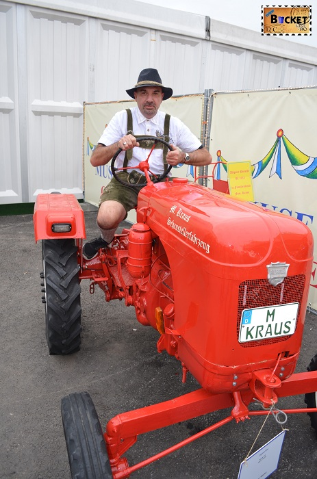 Tractor Oide Wiesn;