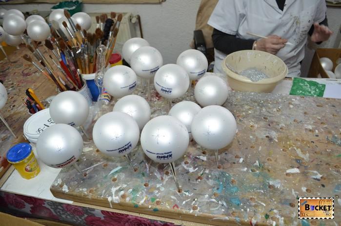 Colartis -  globuri decorate manual pentru pomul de Crăciun