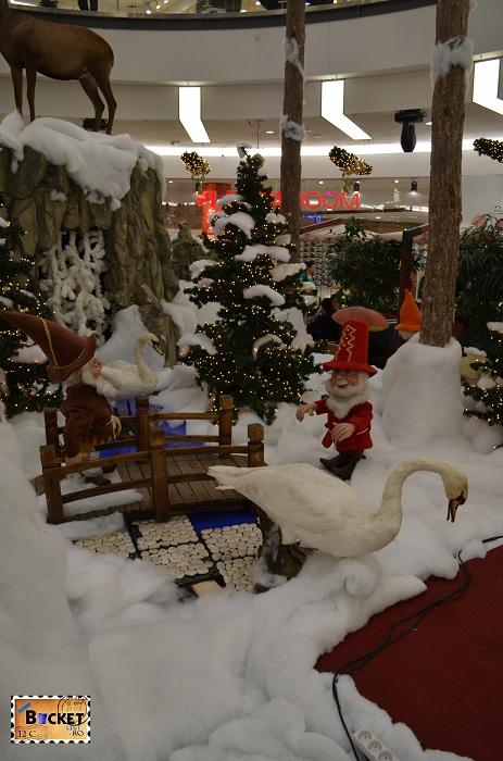 Pitici in peisaj de iarna la Mini târgul de Crăciun din Forum Debrecen