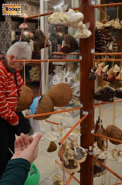 Suveniruri din nuca de cocos pentru Craciun la Forum Debrecen