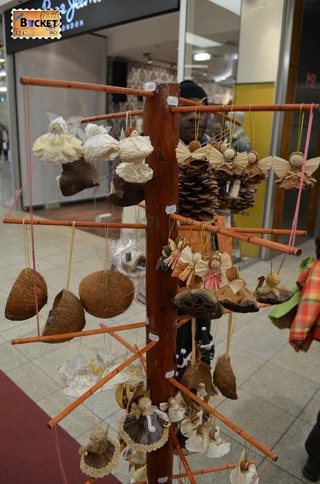 Suveniruri la Mini târgul de Crăciun din Forum Debrecen