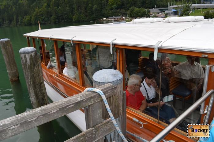 Barca la debarcaderul Seelände din Schönau am Königssee