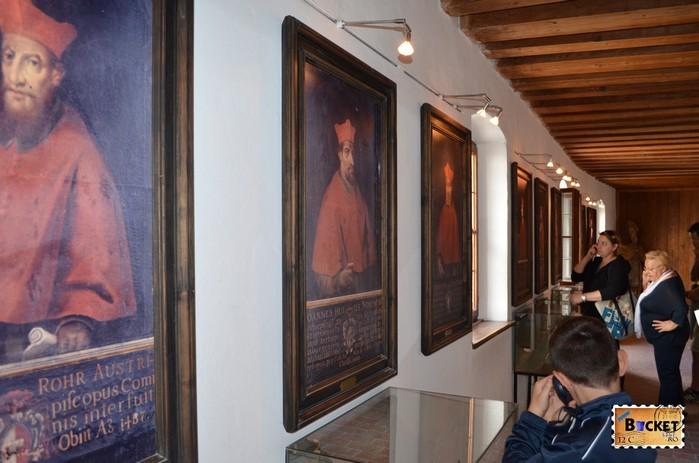 expozitie in interiorul castelului din Salzburg