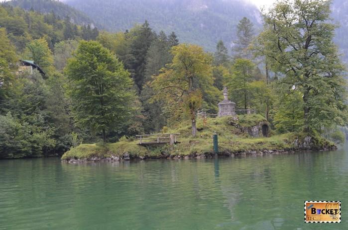 Lacul Konigssee şi insula Christlieger