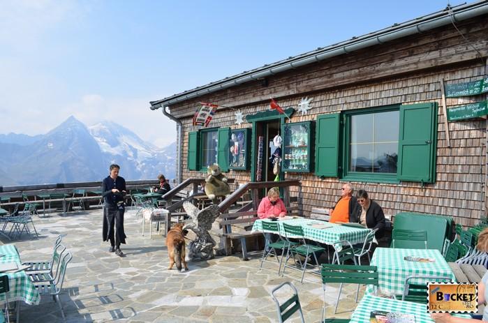 terasa Edelweißhütte de pe vârful Edelweiss Grossglockner