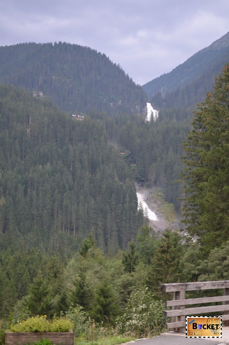 cascada Krimml vazuta din drumul principal