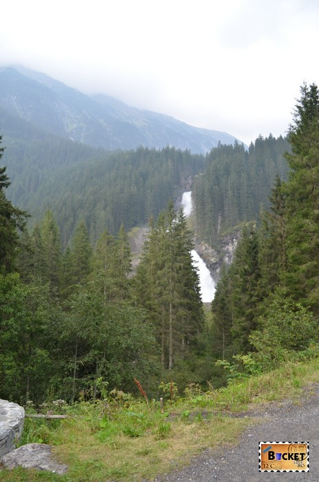 vedere laterala cascada Krimmler