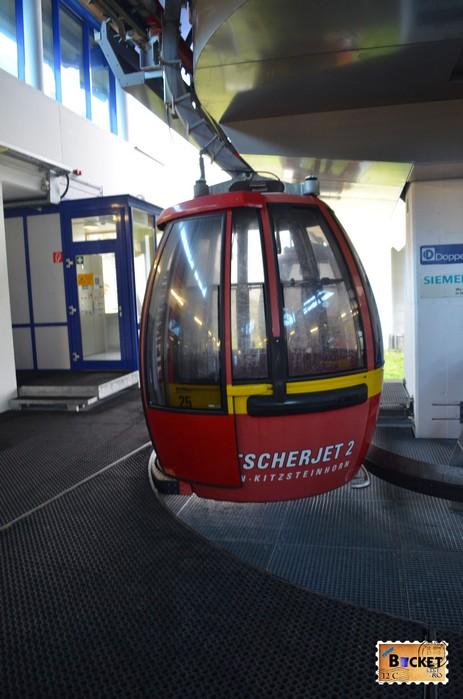 Telecabina Gletscherjet 2 spre varful Kitsteinhorn