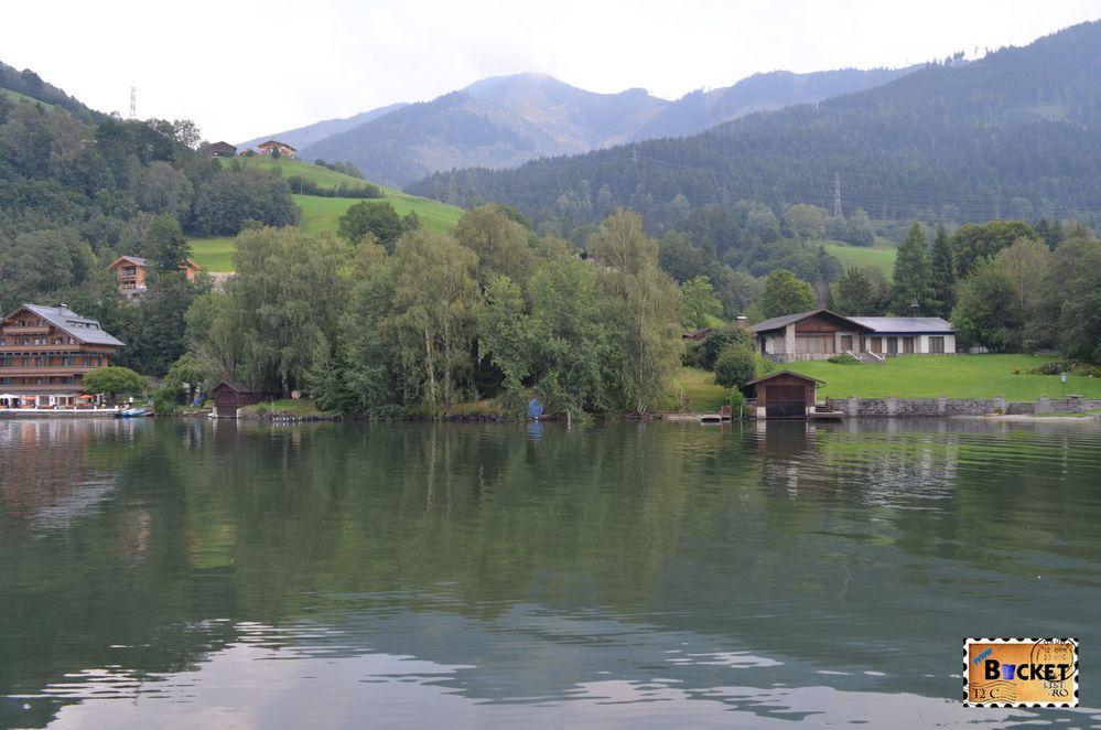 vile pe marginea lacului cartierul Thumersbach