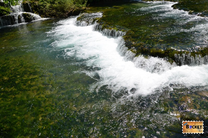 Cascade prin Slovin Unique