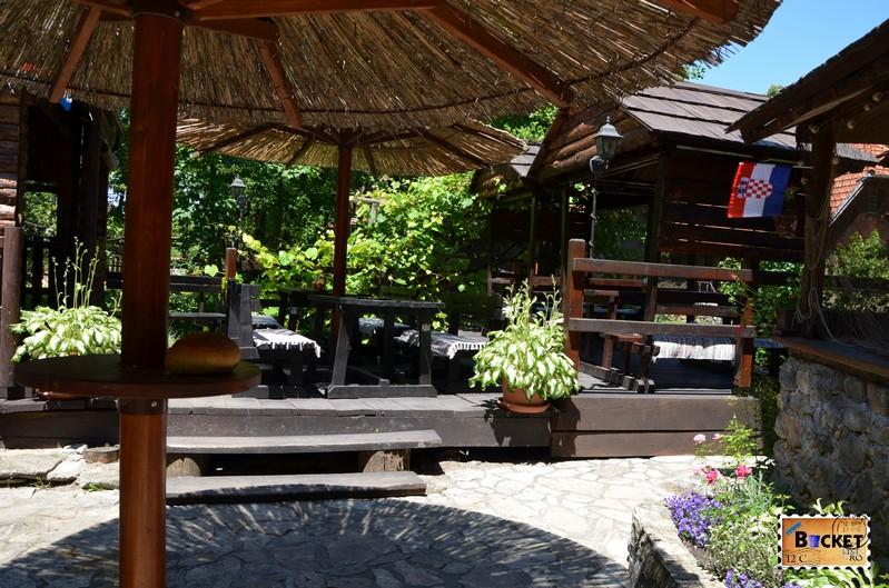 terasa taverna Petro - Konoba Petro Slunj Rastoke