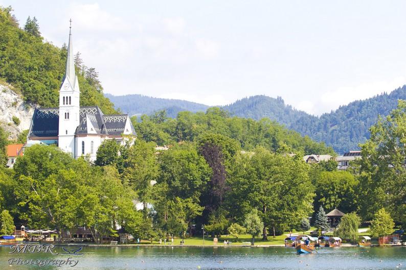 biserica Sf Martin din Bled
