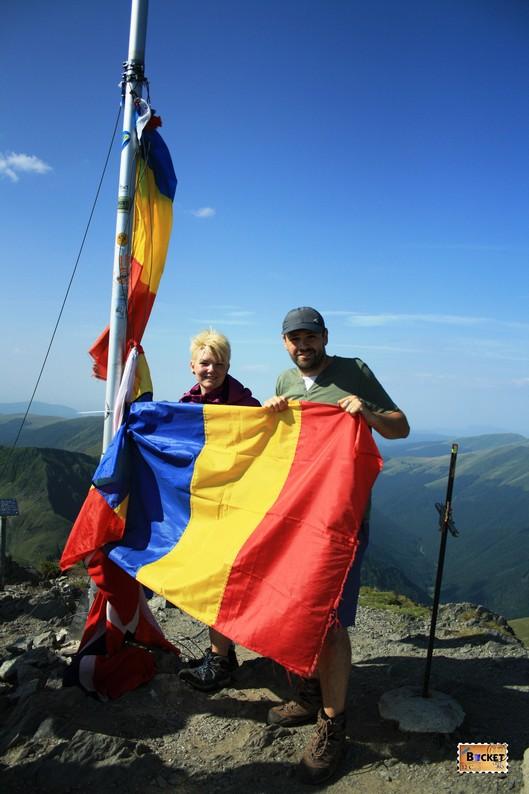 Catalin si Delia pe Acoperişul României - Vf Moldoveanu 2014