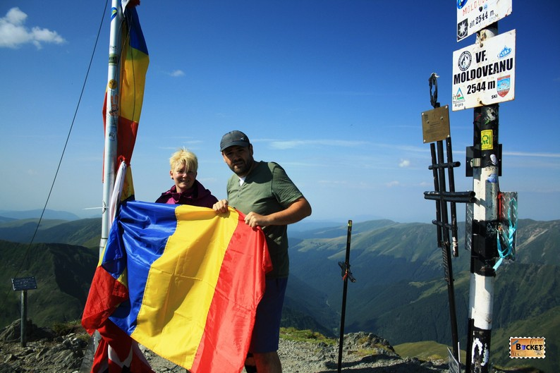 Catalin si Delia pe Acoperişul României Vf Moldoveanu 2014