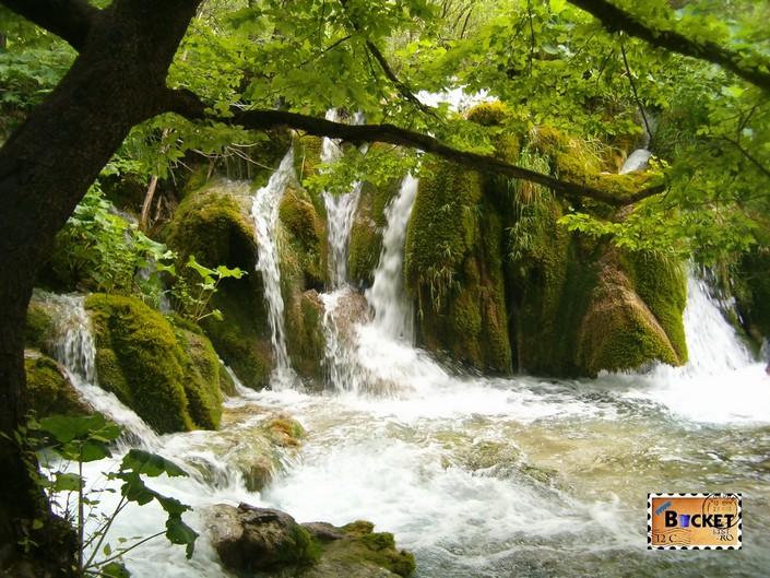 Lacurile de jos din Parcul Plitvice - cascadele Milka Trnina