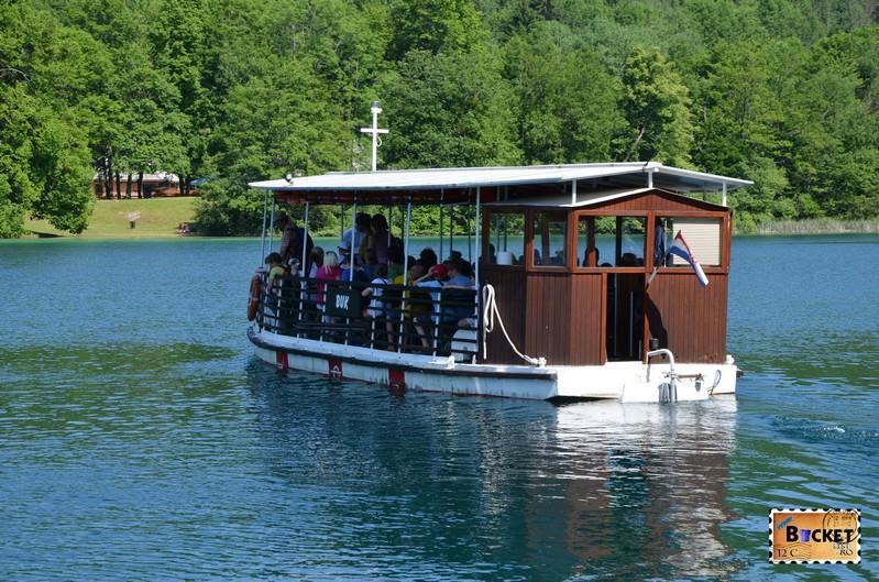 Pe lacul Kozjak din Parcul National Plitvice