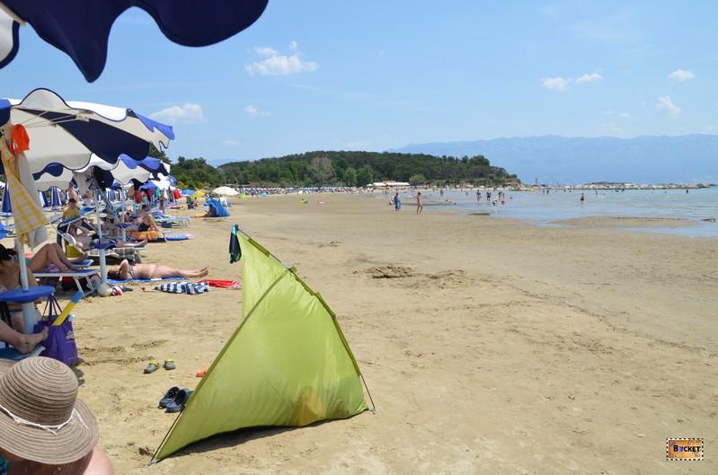 Cort de plaja in Lopar Croatia