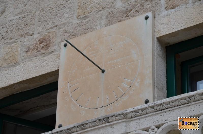 ceas pe Palatul Rectorului - Knežev dvor