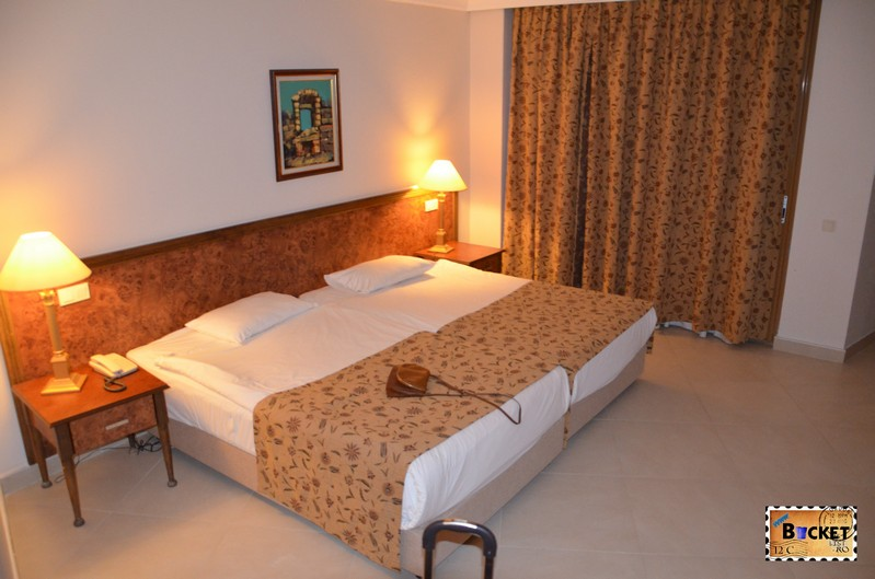 Camera hotel Kamelya Holiday Village din Side - Turcia